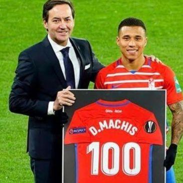 Machís fue reconocido por sus 100 partidos con el Granada