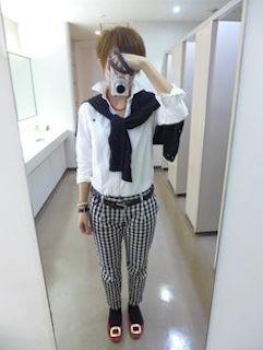 カシミアニット(ユニクロ)×ジーンズ×パンプス4