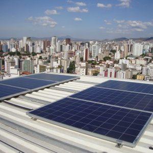 03 - Arranjo fotovoltaico instalado - 15 x 250Wp Canadian Solar