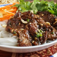 Bún Thịt Nướng (Vietnamese Grilled Pork with Rice Noodles)