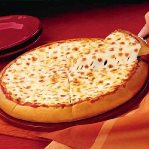 طريقة عمل بيتزا البصل والجبنة