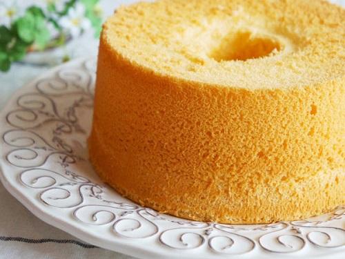 الكيكة الاسفنجية بدون بيض بالصور