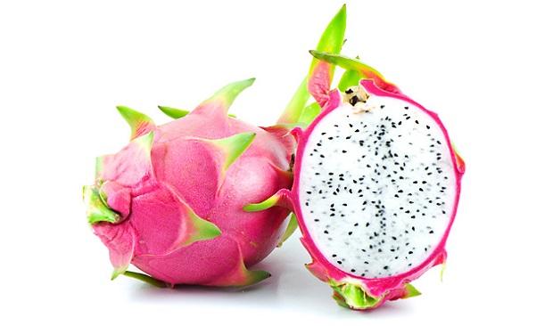 تبدو فاكهة التنين الاحمر الداخل Dragon-Fruit-1.jpg?r