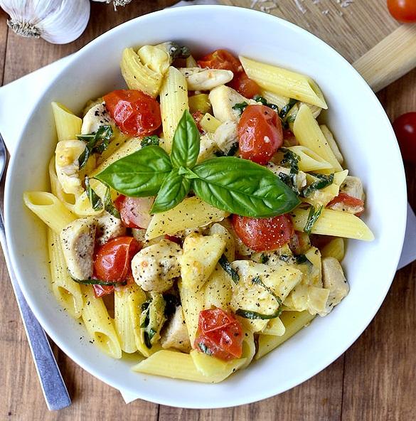باستا بالدجاج والجبن الطريقة الايطالية One-Pan-Mediterranea