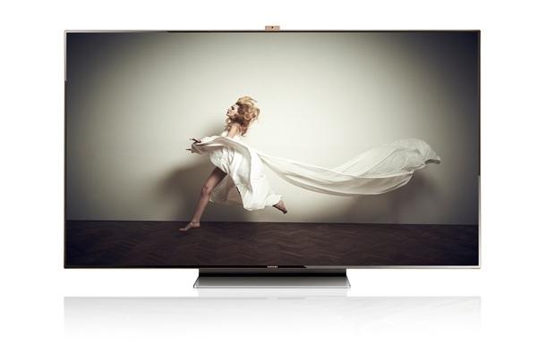 ES9000 1 baixa Samsung lança no Brasil a Smart TV ES9000 de 75 polegadas... que custa quase R$ 26 mil!