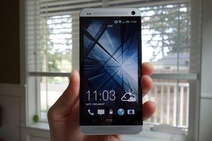 htc one3 MWC 2014 | GSMA Global Mobile Awards 2014: HTC One eleito o melhor smartphone, iPad Air o melhor tablet