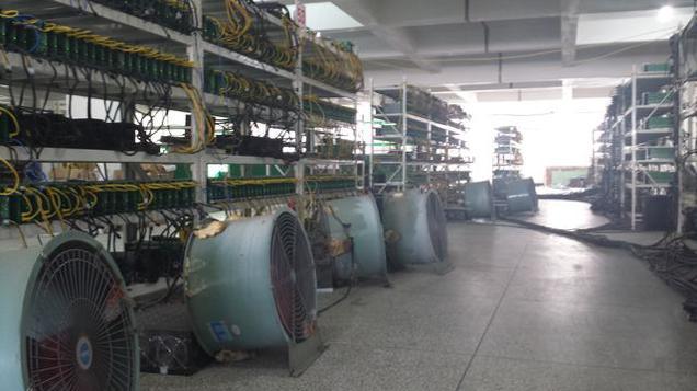 granja bitcoin Assim é uma mina de Bitcoins chinesa, que paga US$ 60 mil de conta de energia