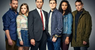 Patrick Gilmore as David, Mackenzie Porter as Marcy,  Eric McCormack as Grant MacLaren, Jared Paul Abrahamson as Trevor, Nesta Marlee Cooper as Carly, and Reilly Dolman as Philip in Showcase's Travelers. (CNW Group/Showcase)