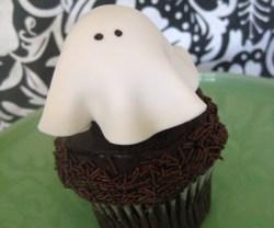 rp_ghost-cupcake.jpg