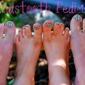 houndstooth pedicure