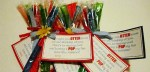 """""""Summer Social"""" Guest Project — Make Otter Pop Summer Gifts with free printable!!"""