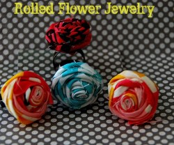 Make Summer Fabric Rosette Jewelry!! {tutorial}