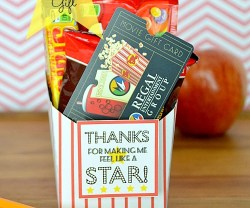 teacher appreciation movie gift at tatertots and jello