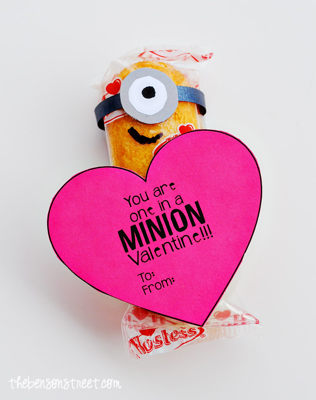 Easy-Minion-Heart-Valentine-at-thebensonstreet.com_