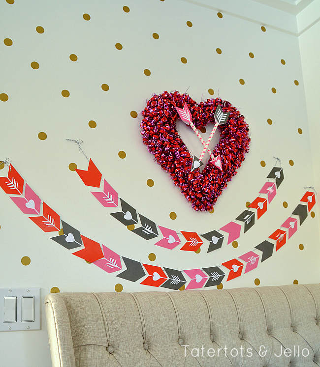 heart and arrow valentine banner printable