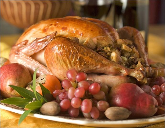 maple-glazed-turkey-with-pecan-sausage-stuffing-042