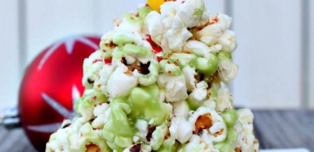 Popcorn-Christmas-Tree