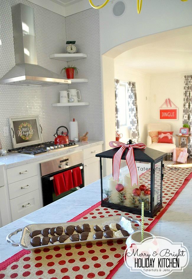 http://i1.wp.com/tatertotsandjello.com/wp-content/uploads/2014/11/merry-and-bright-holiday-kitchen-at-tatertots-and-jello.jpg?resize=650%2C942