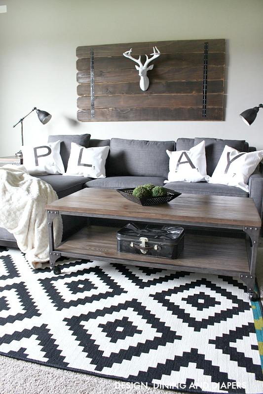 Modern Family Living Room Pillows : Link Party Palooza -- and $50 Target Giveaway!