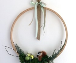 Happy Holidays: Modern Holiday Wreath