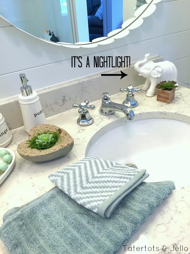 cottage bathroom accessories
