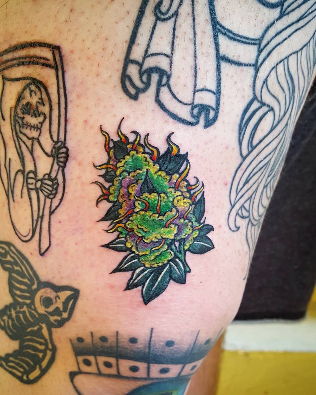 40 Smoking Hot Weed Tattoo Ideas – Are You Ready To Support The Cause? of 13 by Nancy