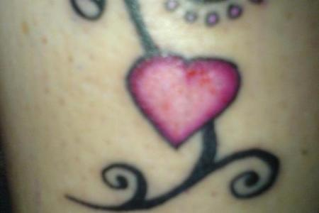 heart tattoos for women 07