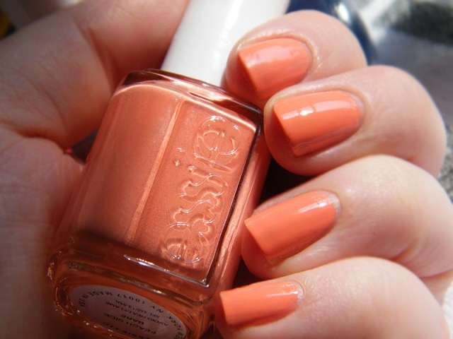Peach Side Babe Swatch - Essie Peach Side Babe Collection Swatches - Tea & Nail Polish
