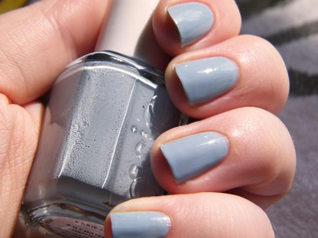 Salt Water Happy Swatch - Essie Peach Side Babe Collection Swatches - Tea & Nail Polish