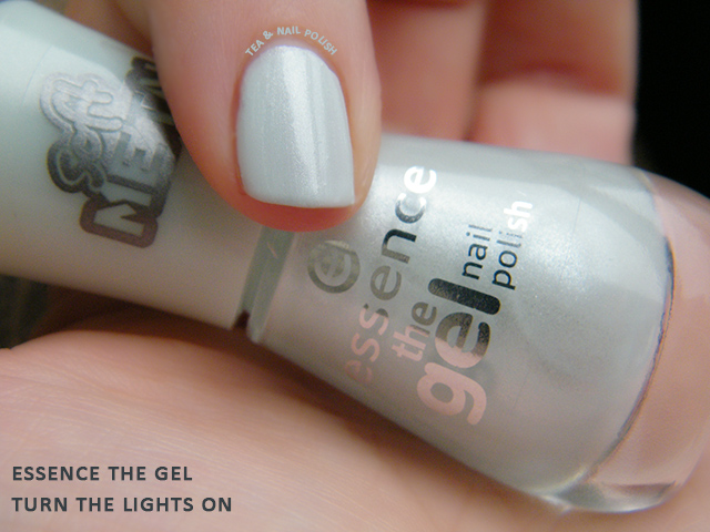 Essence The Gel Swatch Canada Turn The Lights On