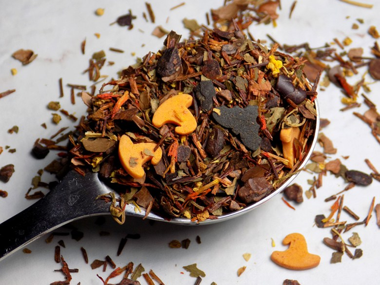 DavidsTea Halloween Teas - Davids Tea Witch's Brew - Perfect Spoon of Loose Tea