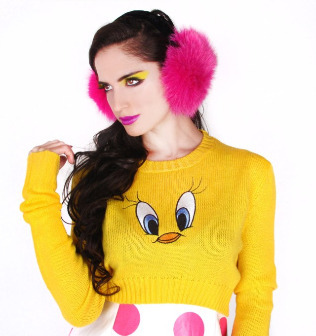 tweety_sweater_DT_1024x1024