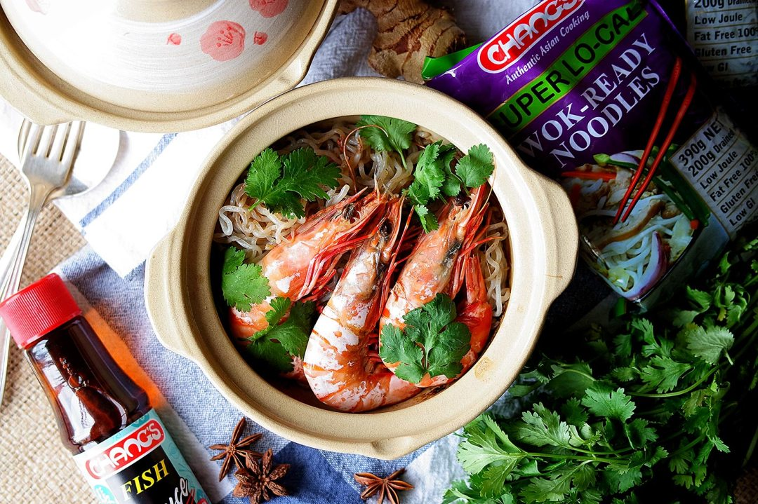An aerial shot of the gluten free clay pot prawn noodles
