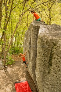Robyn Erbesfield-Raboutou and daughter Brooke Raboutou bouldering