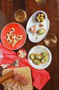 Easy Entertaining: Cracker & Topping Pairings