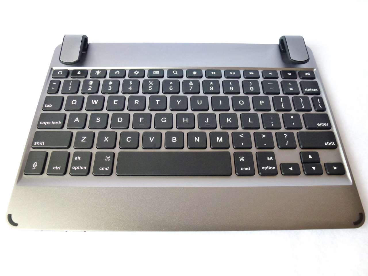 sharing and bluetooth keyboard for ipad air 2 can also