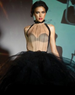 Irina-Shayk-LA-Clover-Lingerie-Photoshoot-2012-12-660x839