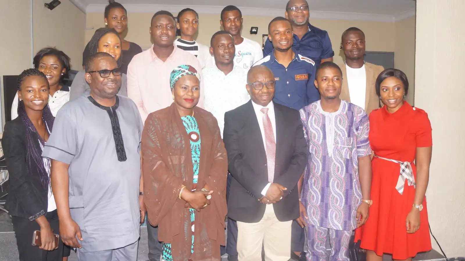 Cross section of the online media and bloggers with the Director General of NITDA, Dr. Vincent Olatunji at KML office, Oregun, Ikeja, Lagos.