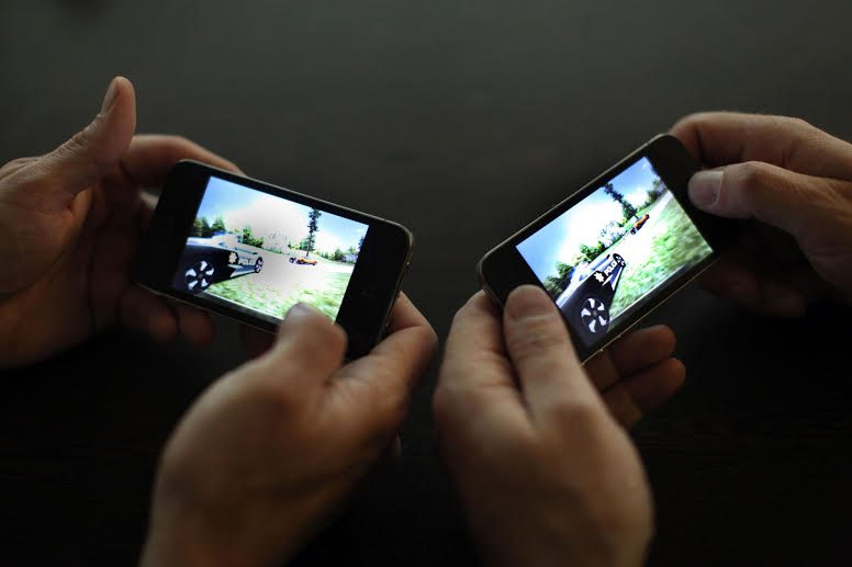 How Mobile Gaming Will Advance in 2015