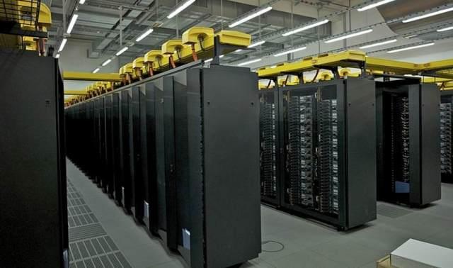 IBM Υδρόψυκτος Υπερυπολογιστής