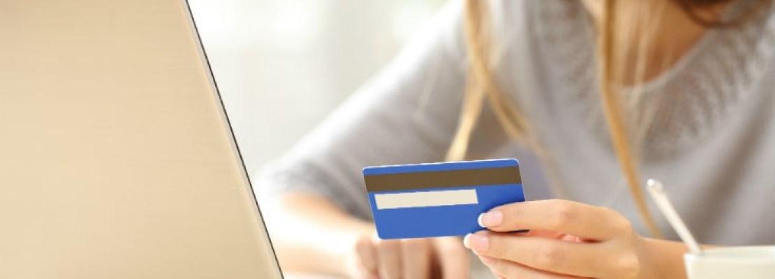 Τι πρέπει να προσέχετε στις online αγορές για να μην «την πατήσετε»