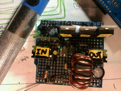 mppt solcelle laderen er lavet på et prototype shield