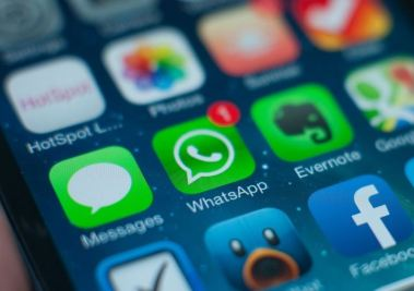 How to install two whatsapp in iphone
