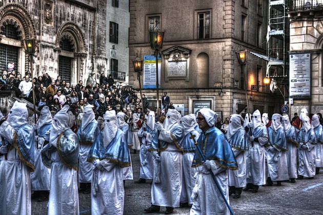 Chieti procession participants