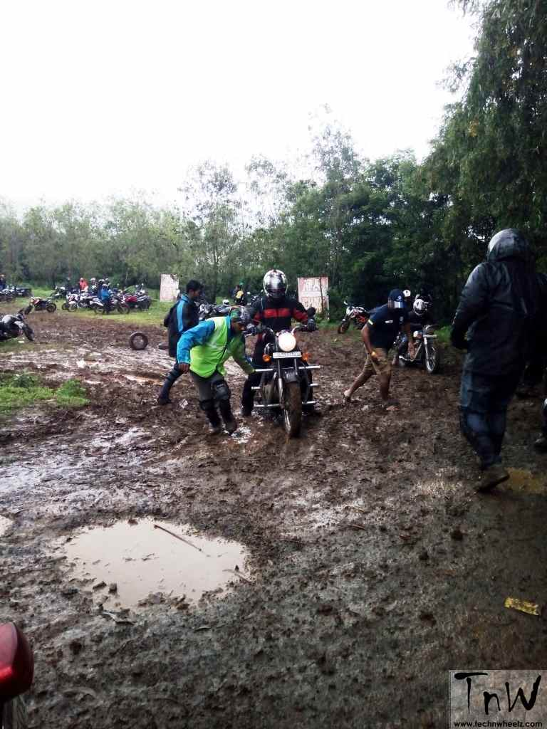 8Moto Pune off-road expedition 2016 (25)