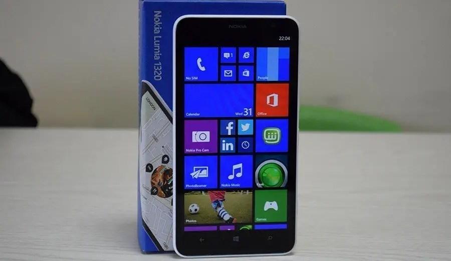 Nokia-Lumia-1320-22