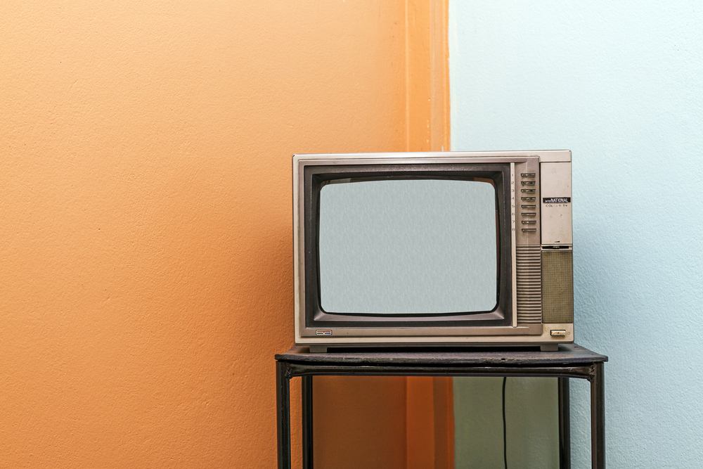 Politics in a box: digital television in Japan and Brazil