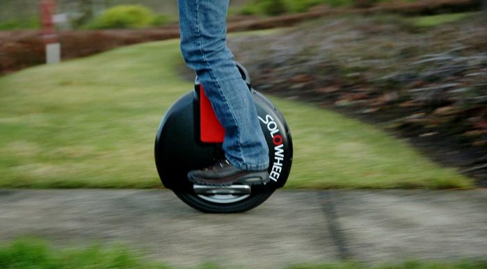 Solowheel – A battery operated Uniwheel People Mover