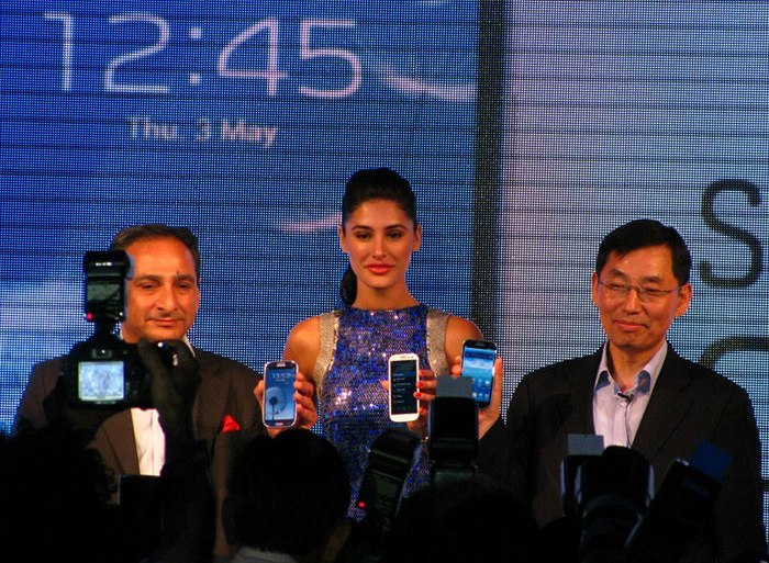 Samsung launches Galaxy S3 in India, Priced at Rs.43,180