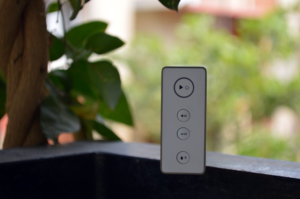 Mi-Bluetooth-speaker-power-volume-controls